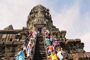 angkor-wat-temple-934140_640